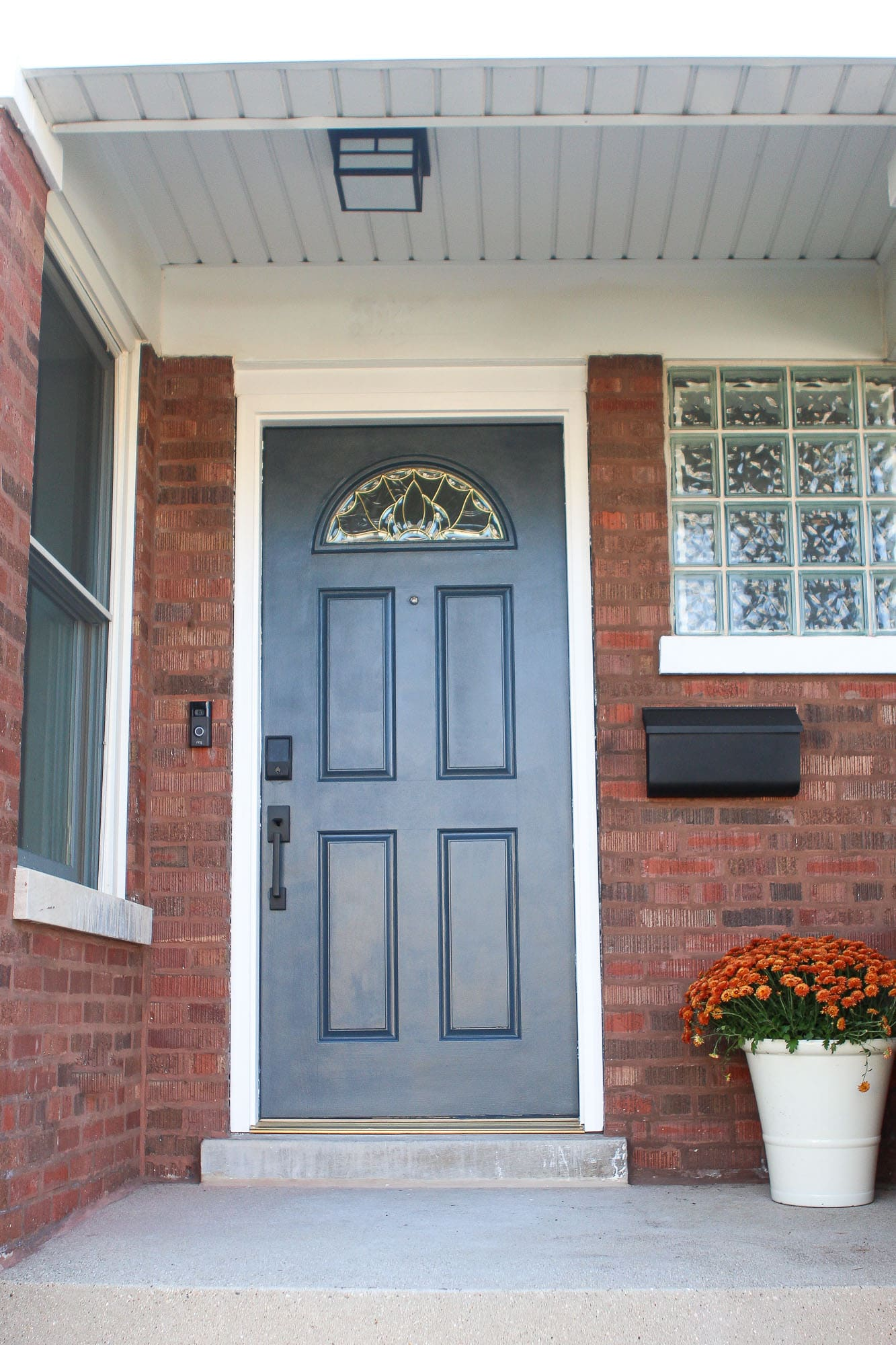 Front door painted benjamin moore Blue note