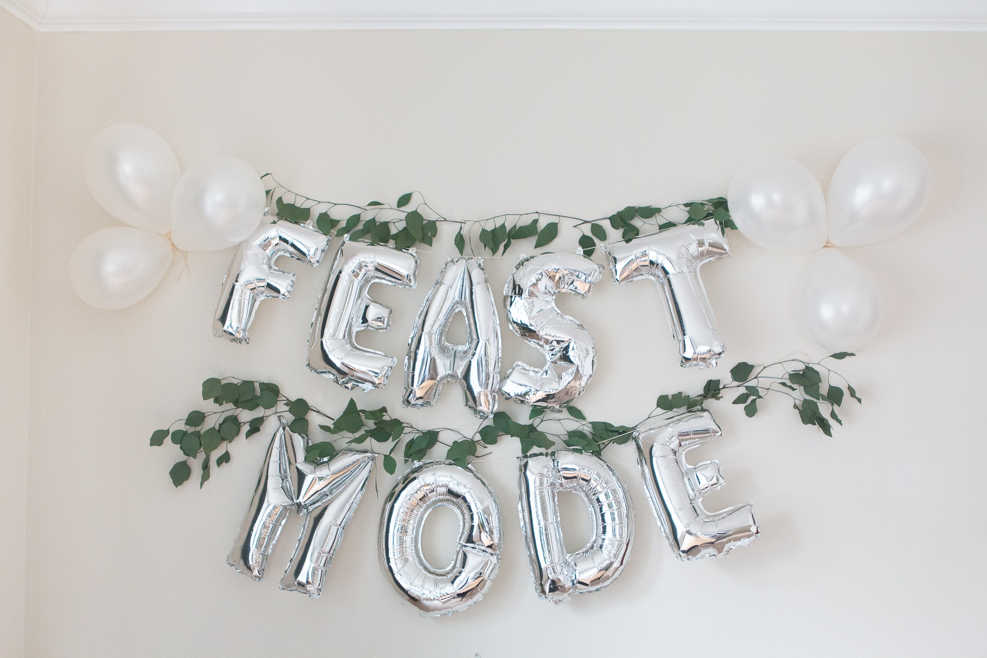 feast mode thanksgiving decor