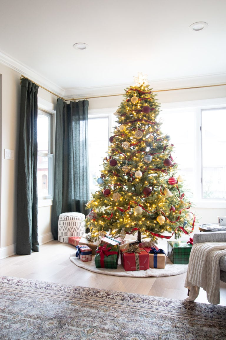 Casey's christmas home tour 2019