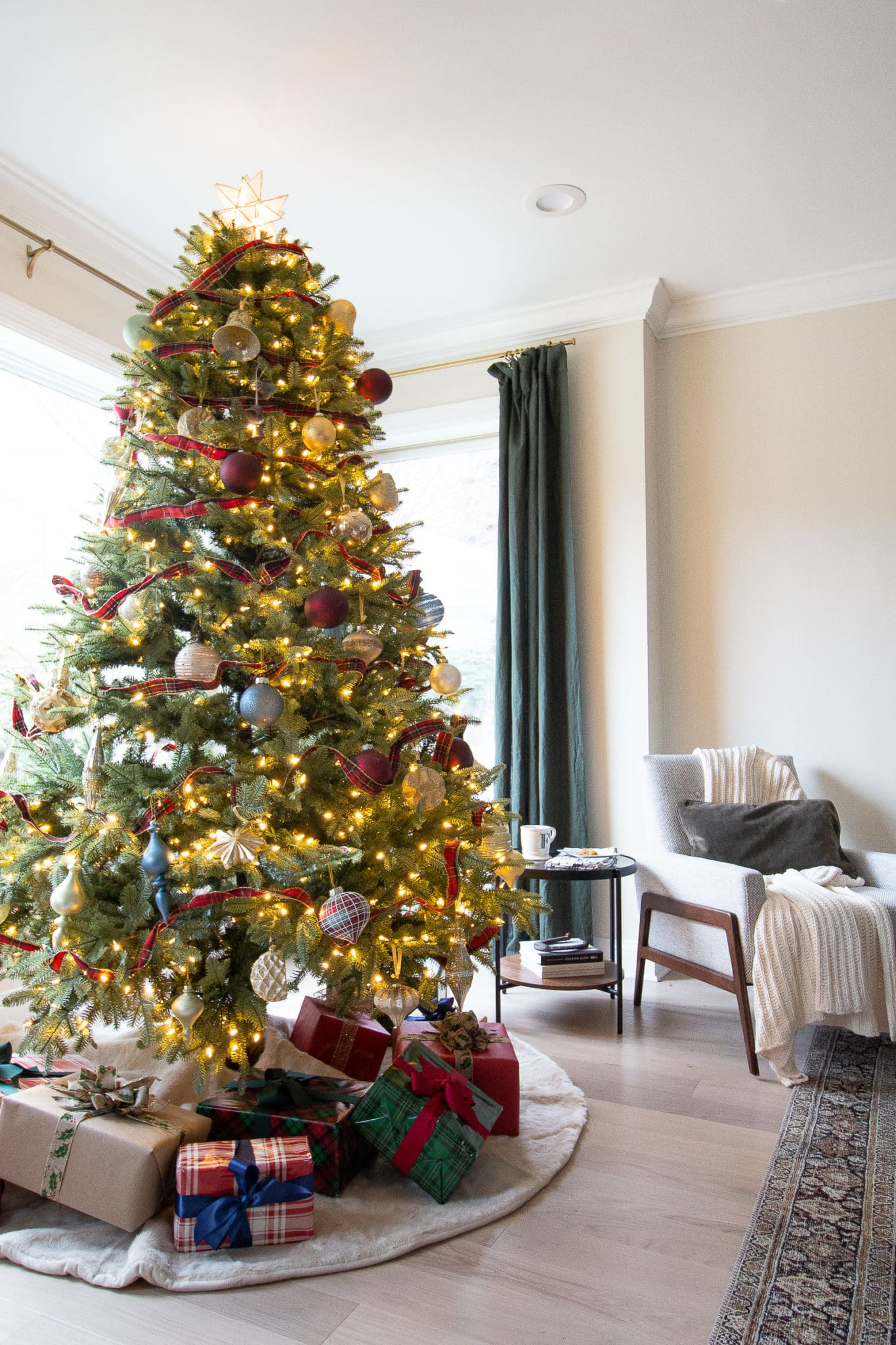My 2019 Christmas home tour and tree