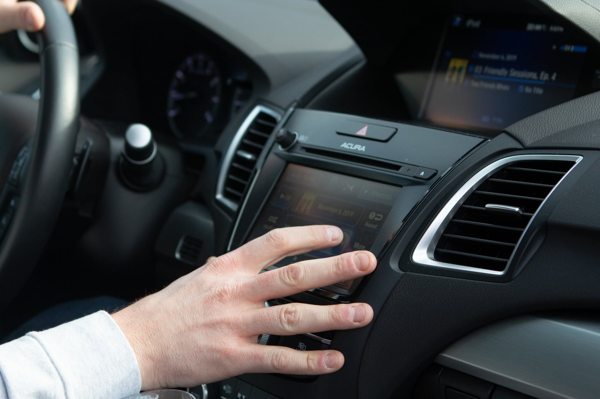 Touch-screen technology on the Acura RDX