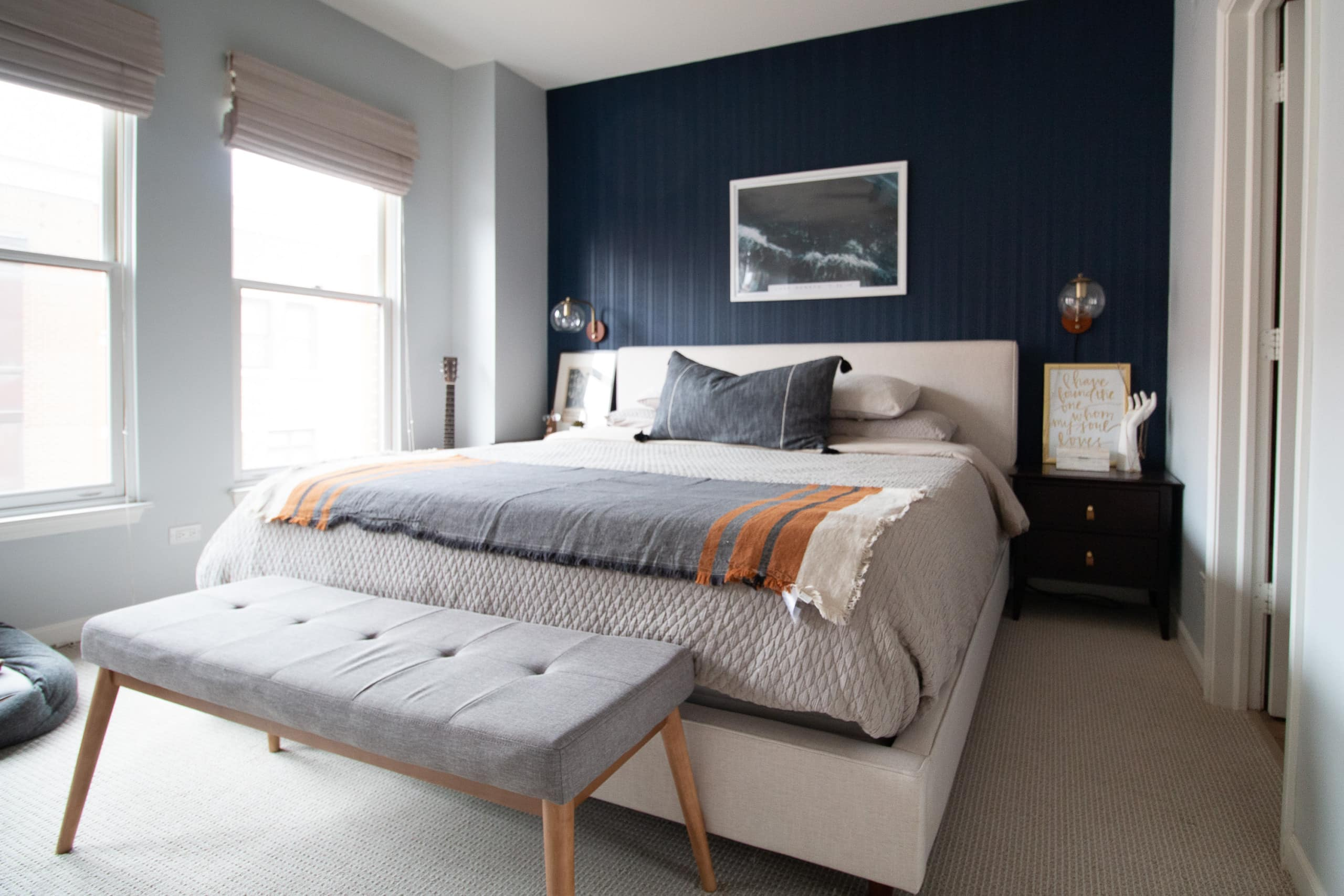 Master bedroom in a Chicago townhome