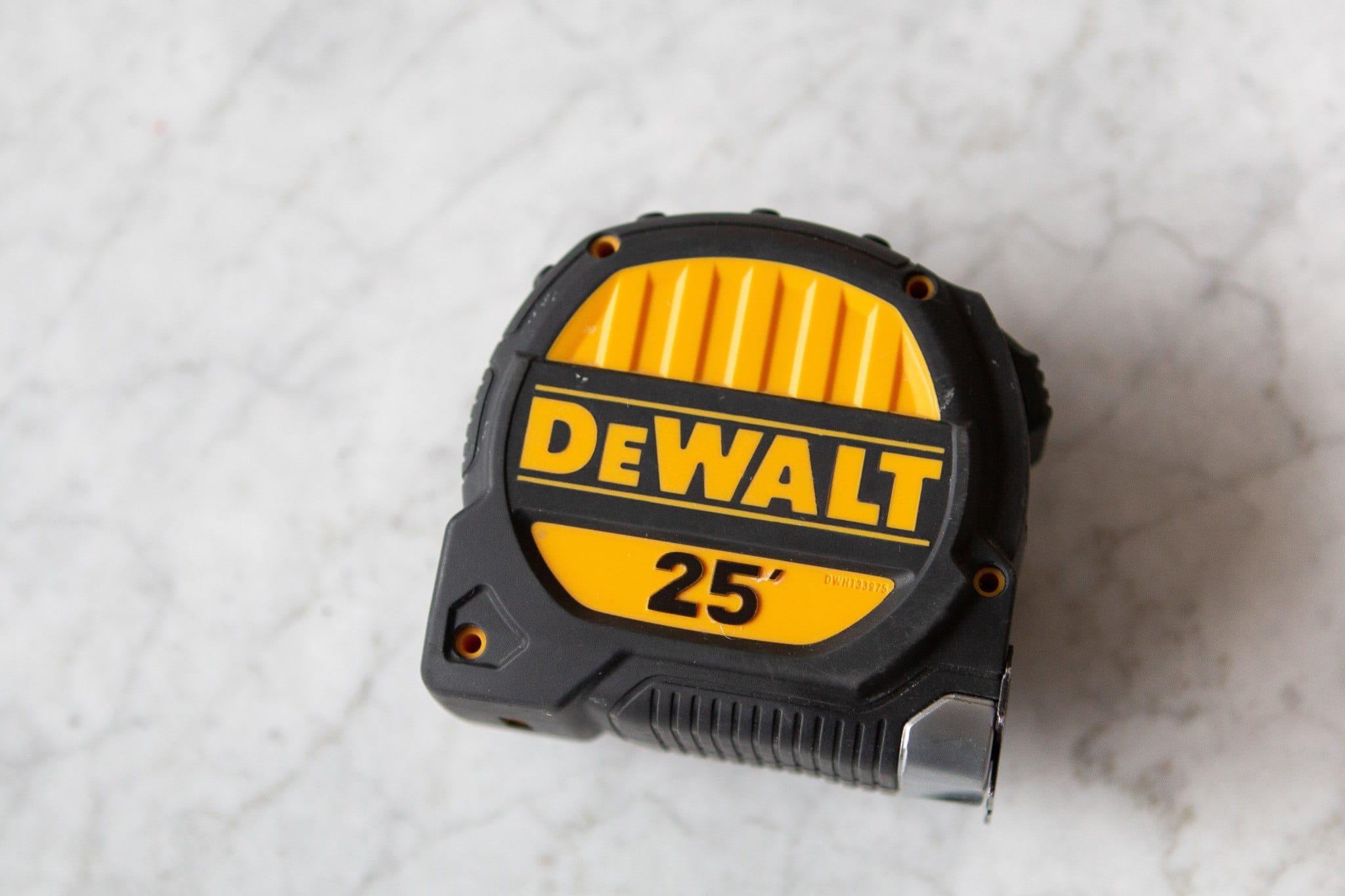 Dewalt 25' tape measure
