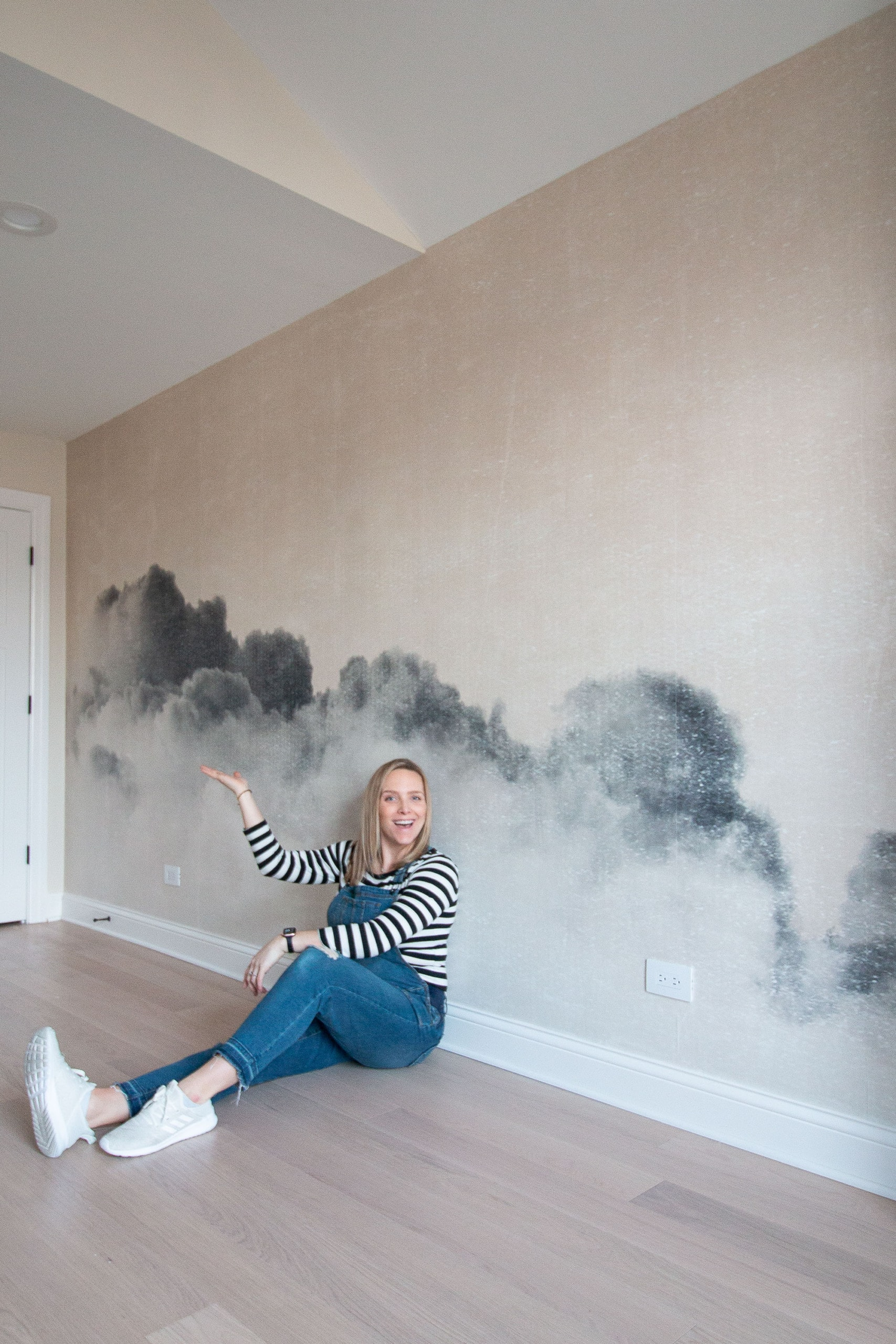 How to install a wall mural in your home