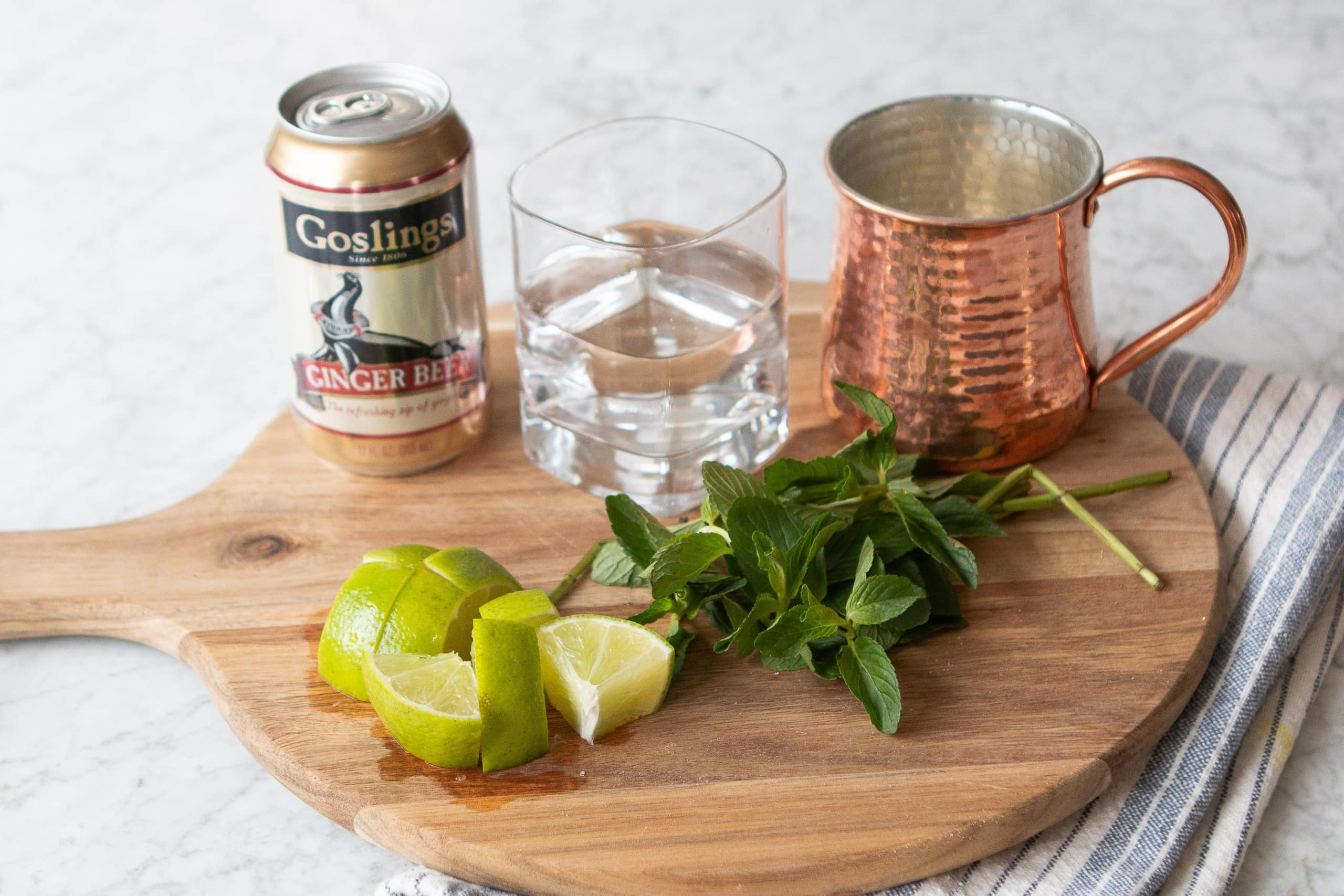 Ingredients to make a refreshing mocktail mule