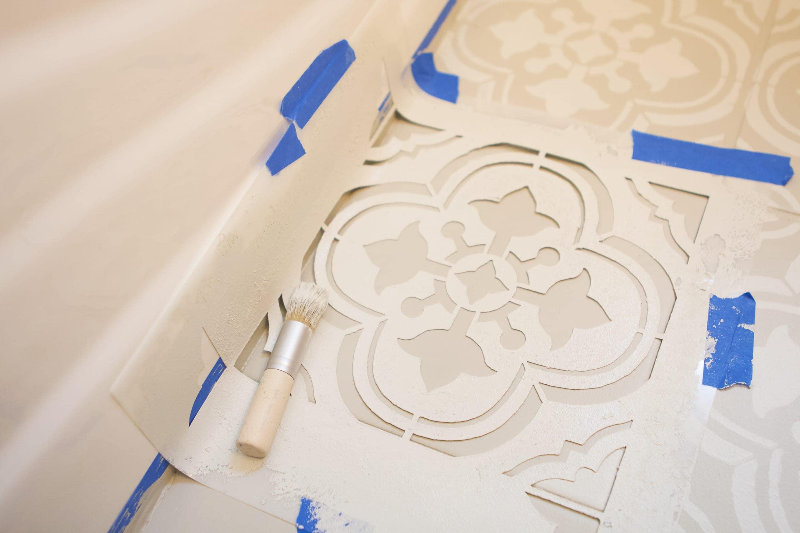 How to stencil a corner