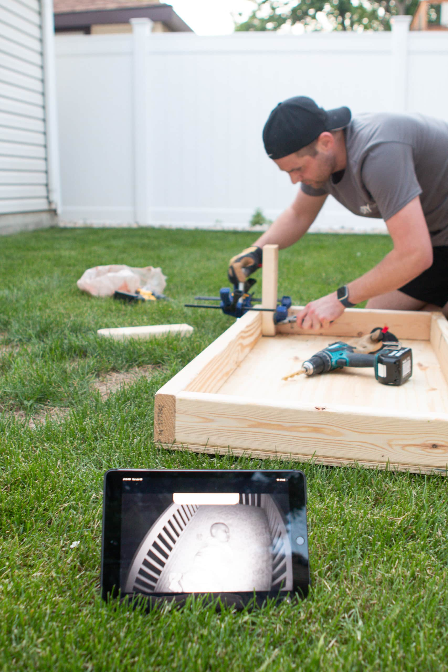 How to build DIY cornhole boards