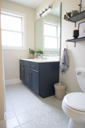 Thumbnail for How to Paint a Bathroom Vanity