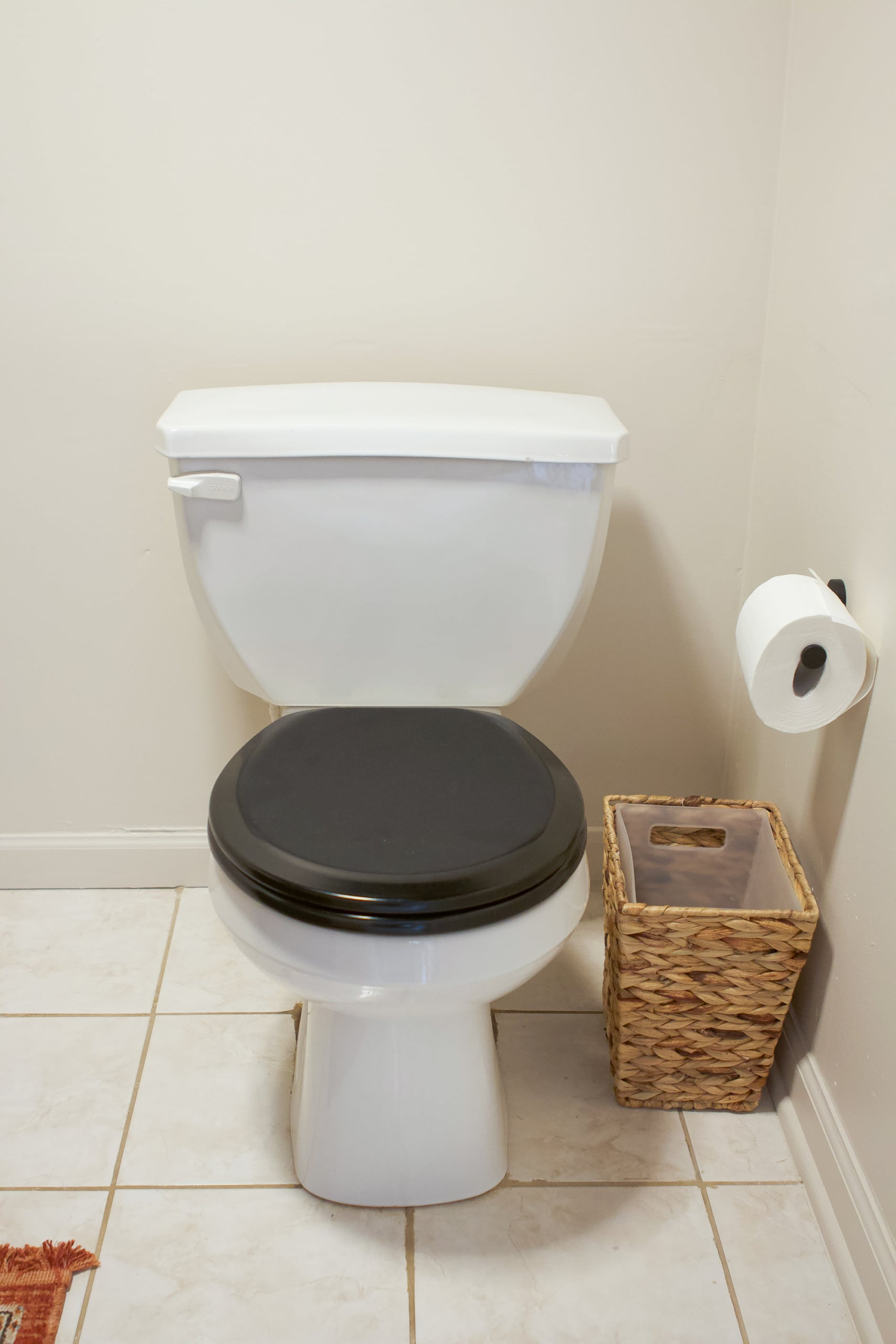 My new black toilet seat