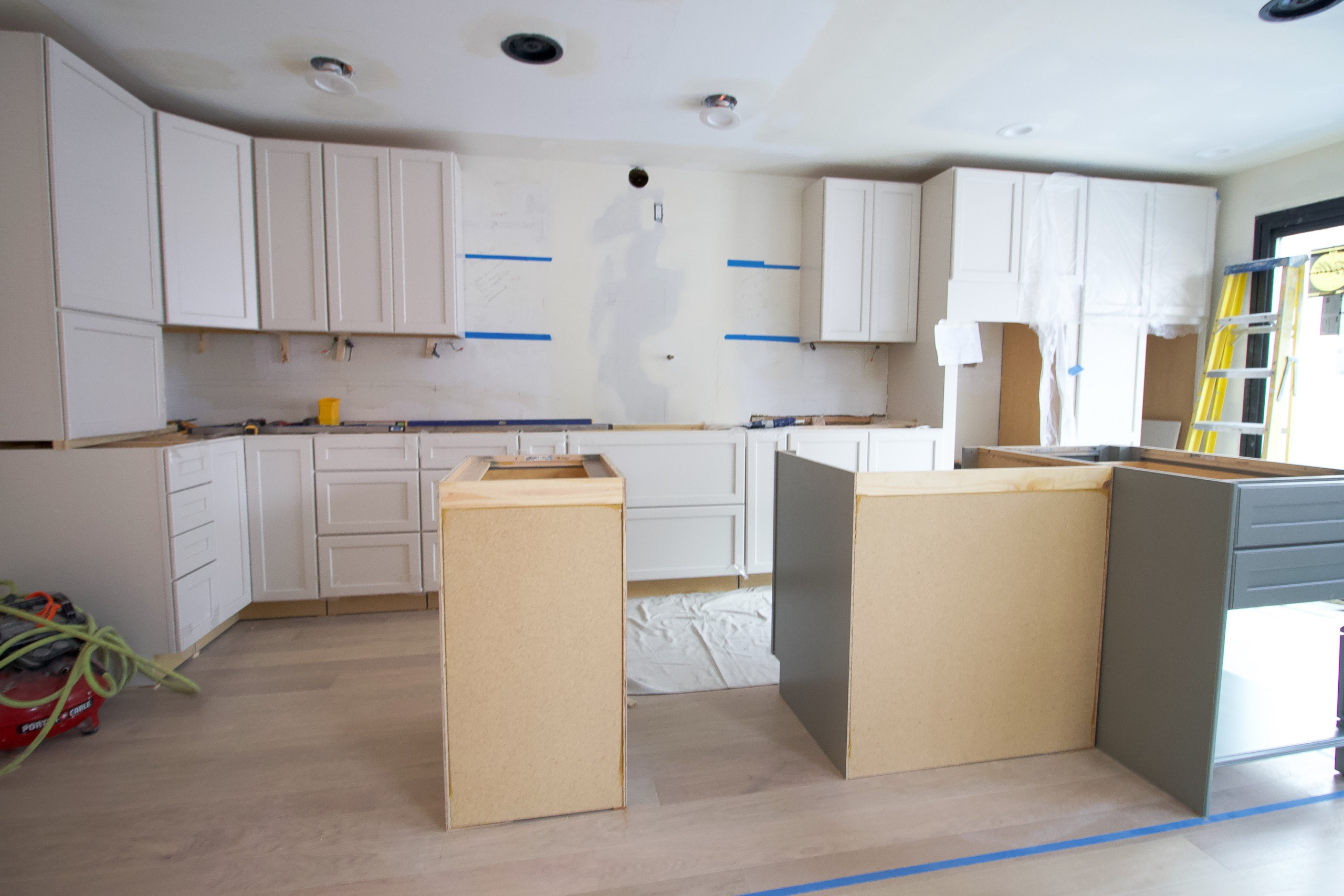 Kitchen cabinet install in our new kitchen