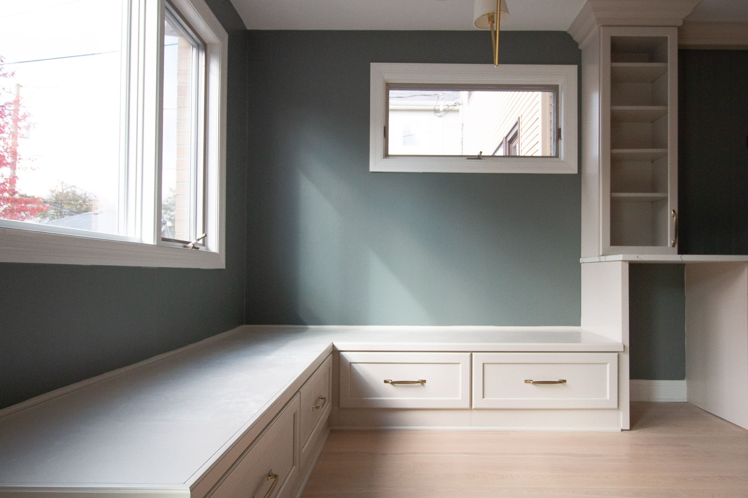 Tips to paint an open concept kitchen
