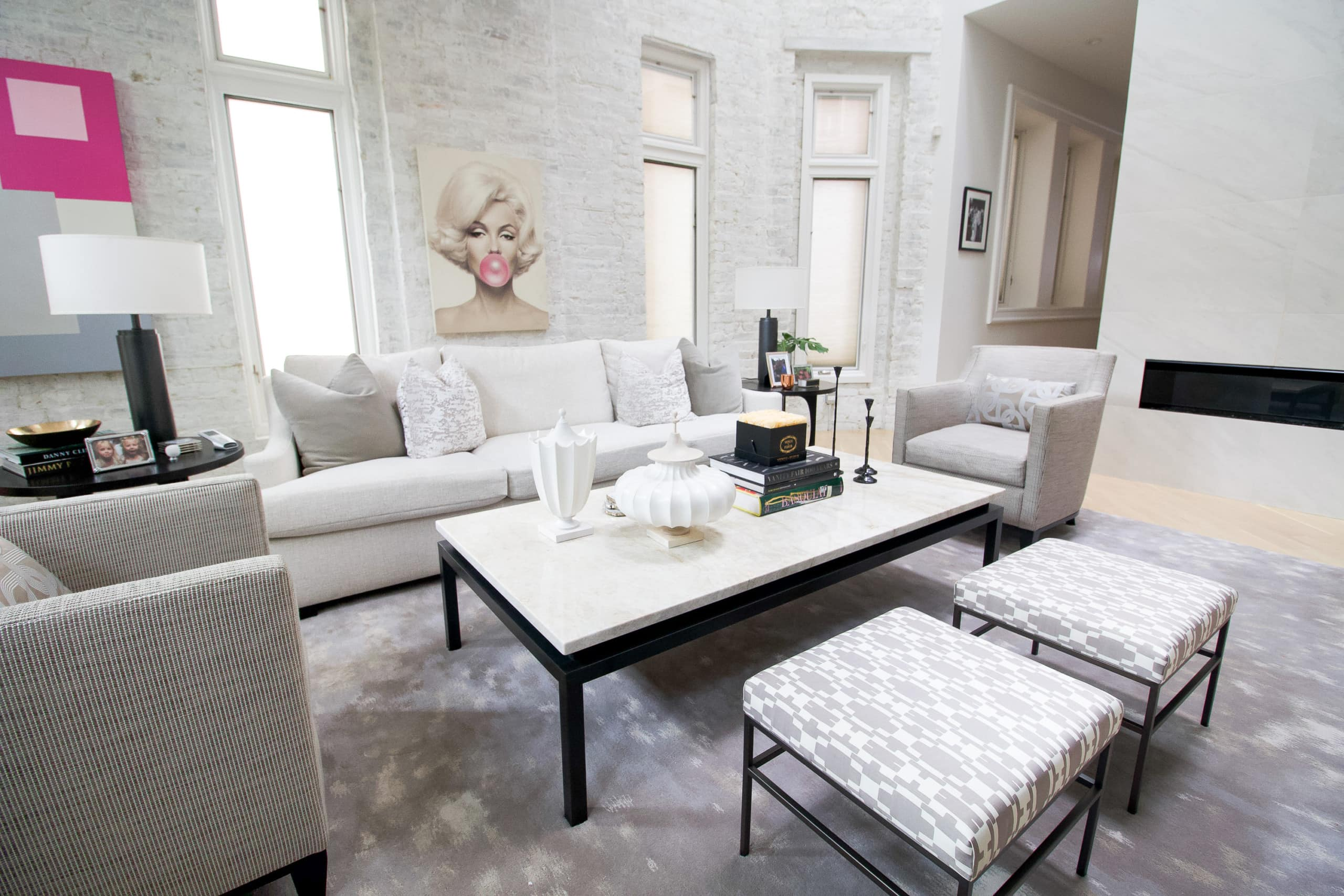 A white and modern living room