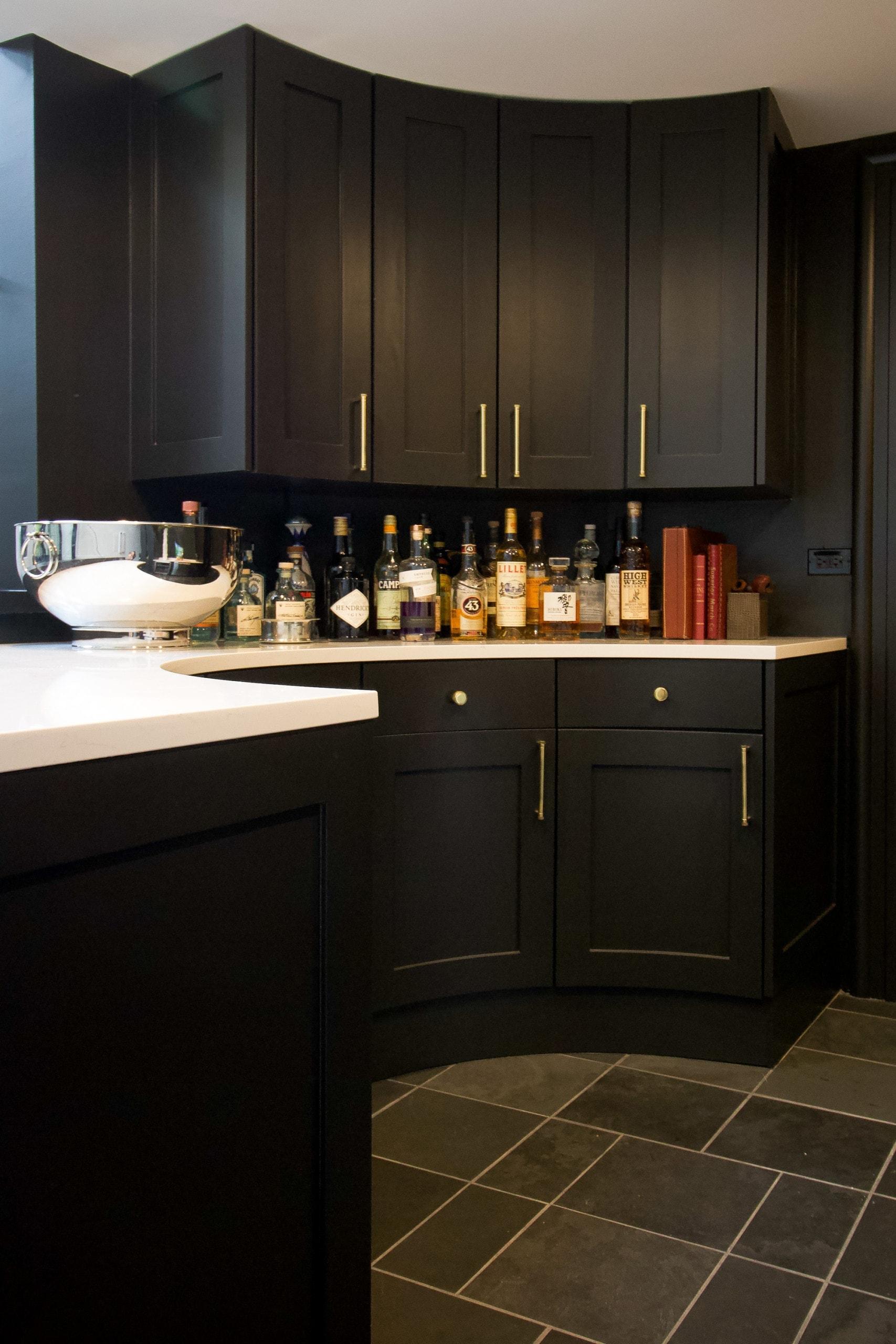 black bar area