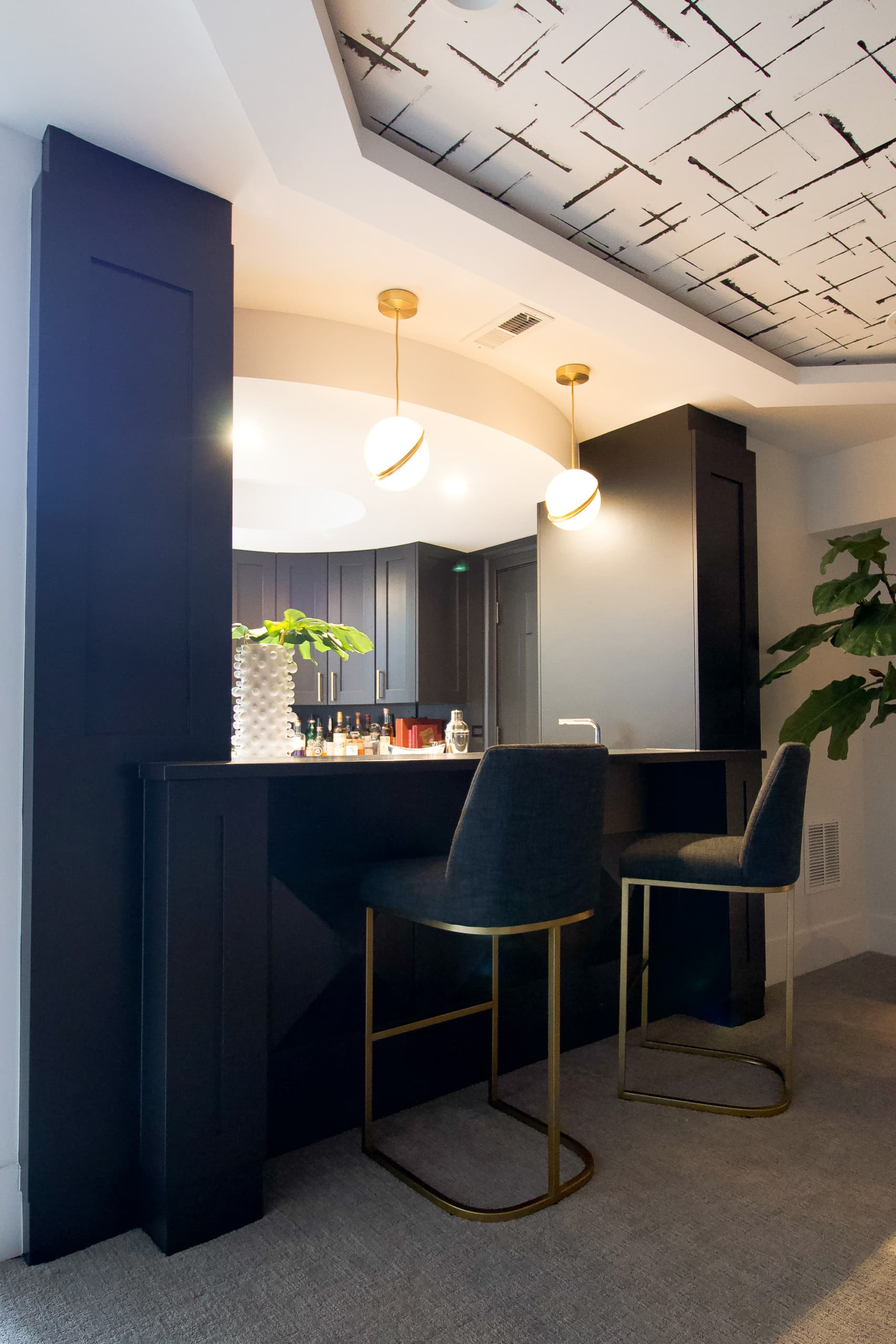 Bar area in this Chicago home
