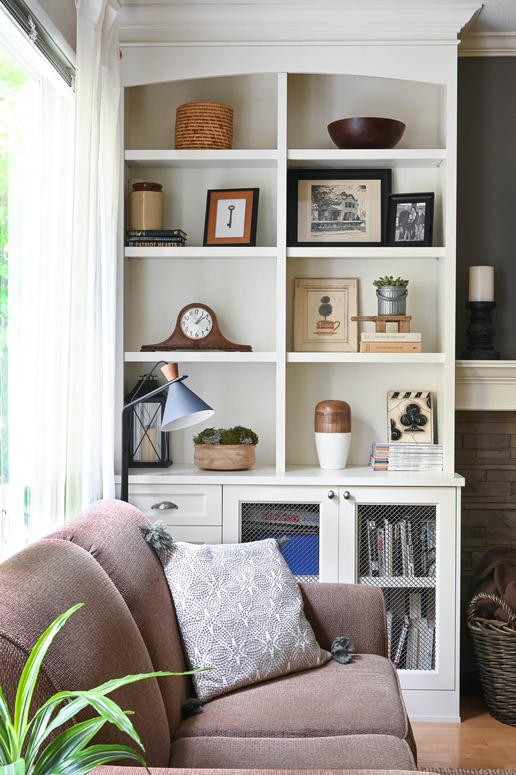 Built-ins in a family room