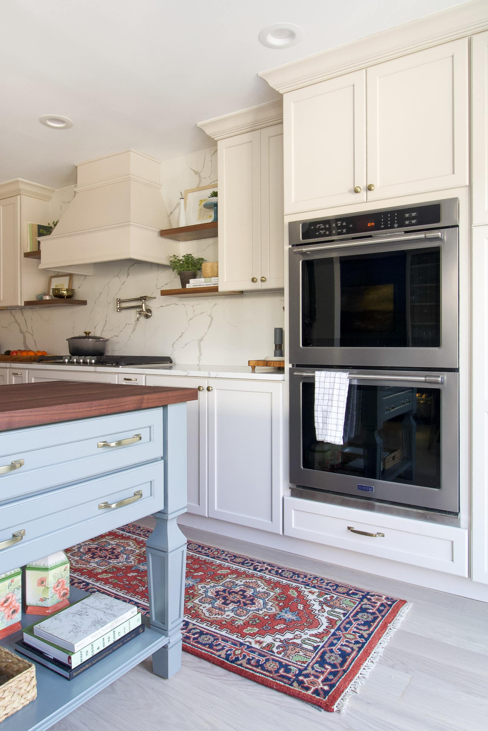 Adding a double oven to a kitchen renovation