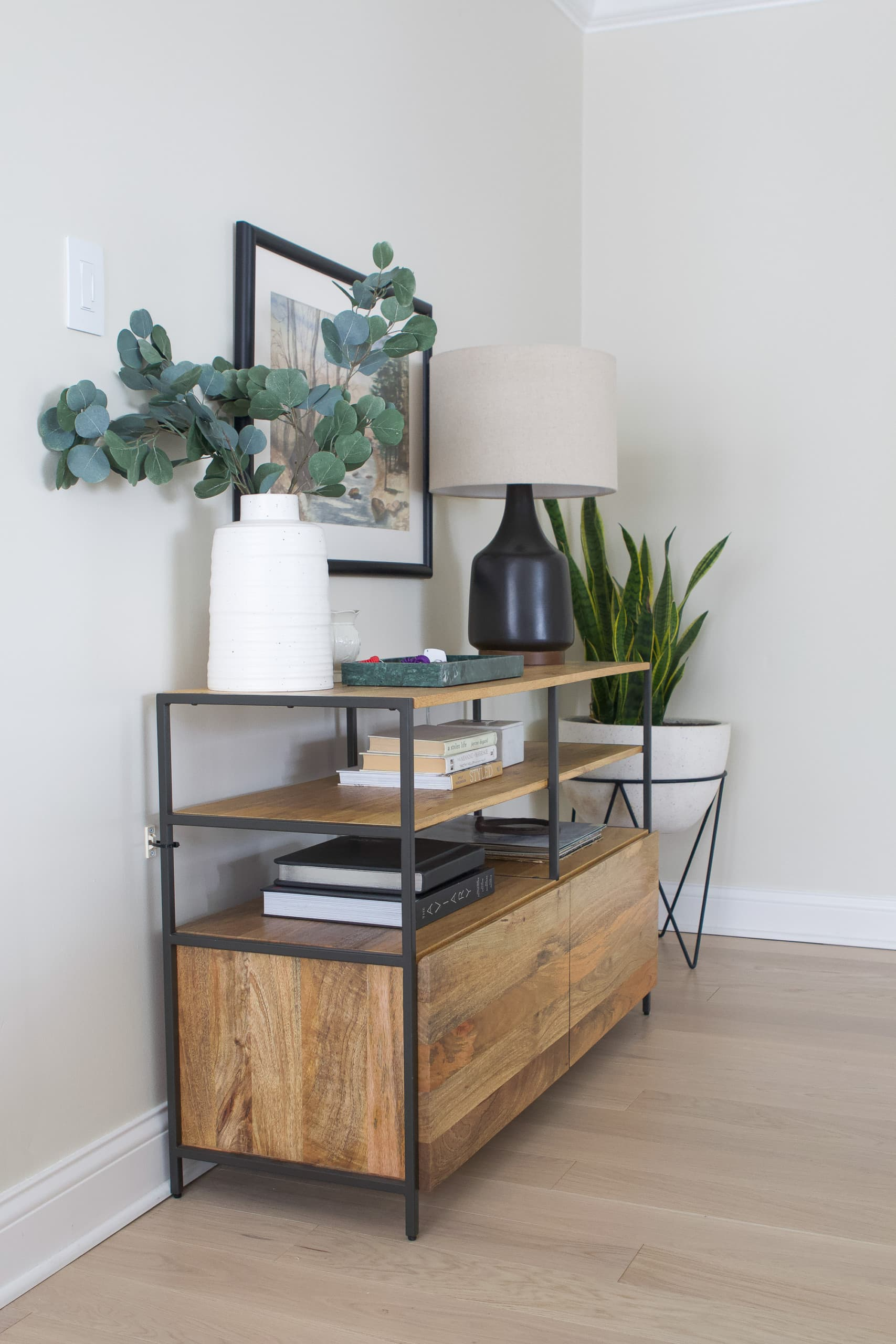 Front entryway console