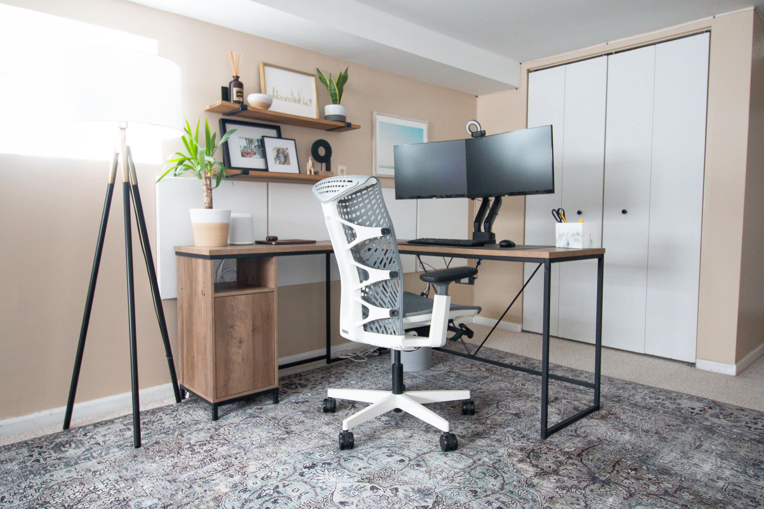 How to add soundproof panels to your home office