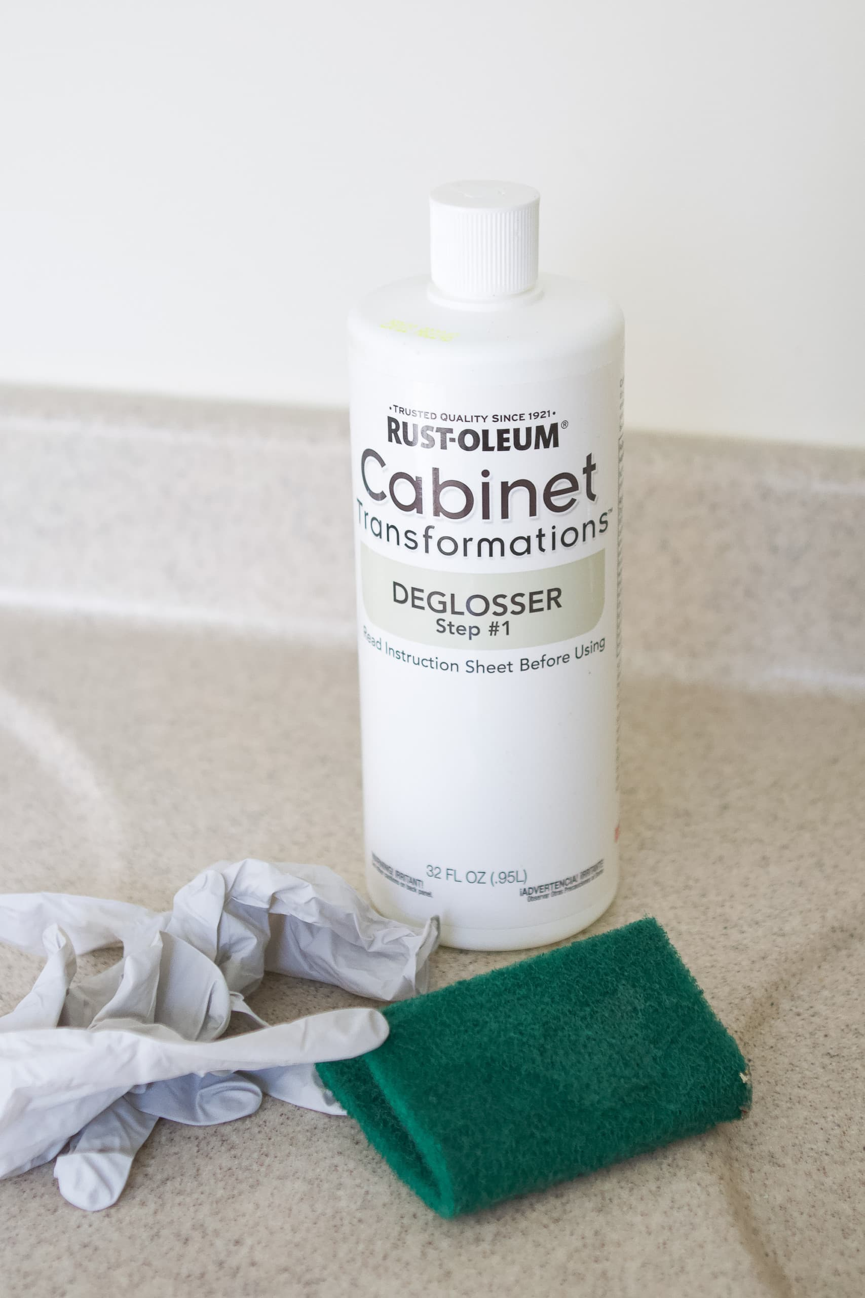 my best tips to paint your vanity