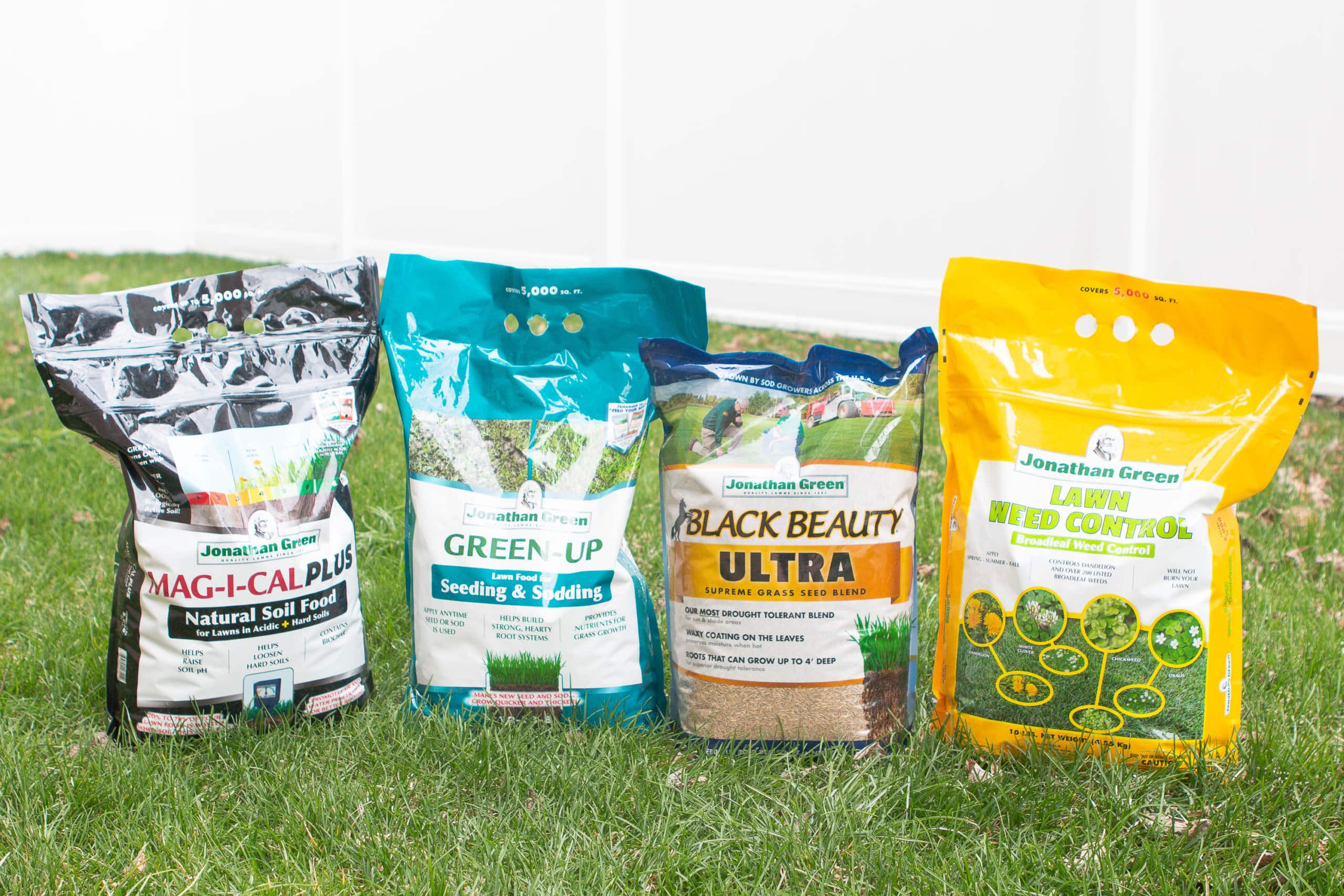 Lawn care products from Jonathan green